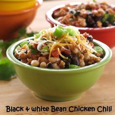 Black and White Bean Chicken Chili #McSkilletSauce #SundaySupper #glutenfree #30minutemeal #onepot