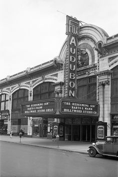 Fox Audubon Theatre and Ballroom, 3490 Broadway at West Street, New York, NY - 1929 - Malcolm X assassinated there FEB 1965 Bioshock Rapture, New York Architecture, Washington Heights, New York Pictures, Art Deco Buildings, Vintage New York, Old London, Black N White Images, City Photography