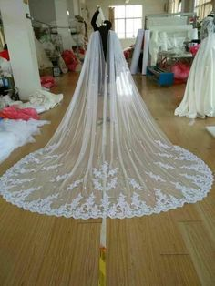 New Cathedral Length Bridal Cape Cloak Lace Long Wedding Dress Accessory in White,Off-white,Ivory Wedding Cape Veil, Bridal Cape, Long Wedding Dresses, Wedding Gowns, Wedding Shawl, Cape Gown, Church Wedding Decorations, Wedding Dress Accessories, Lace Weddings