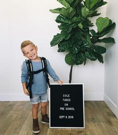 Inspirational quotes from the letter board. Letter boards for in Europe. The letter trunk - Kids Fashion Lil Baby, Little Babies, Little Boys, Cute Babies, Baby Kids, Baby Boy, Baby Family, Little People, Baby Fever