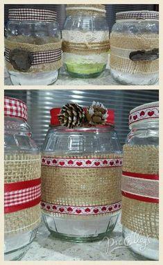 Mason Jar Art, Mason Jar Gifts, Mason Jar Candles, Burlap Crafts, Diy Home Crafts, Lace Jars, Baby Food Jar Crafts, Old Bottles, Decorated Jars