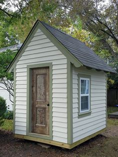 Free Plans to Help You Build a Playhouse for the Kids: A Place Imagined Free Playhouse Plan Simple Playhouse, Kids Playhouse Plans, Modern Playhouse, Outside Playhouse, Backyard Playhouse, Build A Playhouse, Playhouse Kits, Playhouse Windows, Outdoor Playhouses