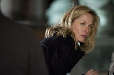 Gillian Anderson as Stella Gibson The Fall The Fall Netflix, Vanity Fair, Gillian Anderson The Fall, Stella Gibson, Paul Spector, Tv Reviews, Portraits, Glamour, Best Actress
