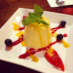 Moo Chi in Fusion (Fitzroy): Mango and Passionfruit Pudding [8/10].