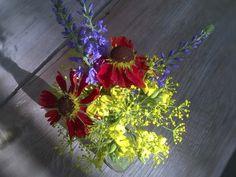 Букеты из дачных цветов  #букетик из #вероника, #гелениум, #укроп и цветов рукколы  #Bouquets from #countryflowers