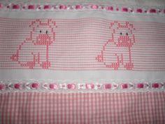 bordado vagonite oitinho - Pesquisa Google Swedish Embroidery, Swedish Weaving, Darning, Filet Crochet, Vintage Patterns, Embroidery Stitches, Bookmarks, Needlepoint, Smocking
