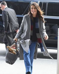 She even looks cute at the airport. Idina Menzel, Queen Elsa, Alter Ego, Best Actress, How Beautiful, American Actress, Amazing Women, Bomber Jacket, Take That