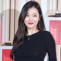 Sulli Commences Her Public Activities Following Split With Choiza | Koogle TV Sulli Choi, Choi Jin, Korean Girl Groups, South Korean Girls, Victoria, Korean Celebrities, Korean Actresses, Kpop Girls, Asian Beauty