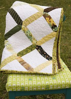 from the blue chair: Lattice Quilt Tutorial
