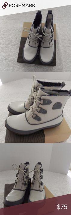 Sorel women's rain boots Sorel  Women  Rain Boots  Size 9  Waterproof   Model Joplin Rain Light Gray and Dark Gray details   New with box . RETAIL IS $135 Sorel Shoes