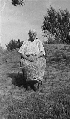 This Is My Great Grandmother Anna Elnora Blessing .