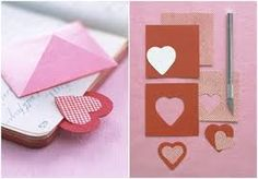 This heart-shaped valentine bookmark is perfect for your favorite bookworm. Fun Crafts, Diy And Crafts, Crafts For Kids, Paper Crafts, Cool Bookmarks, Heart Bookmark, Book Maker, Fabric Rosette, Marque Page