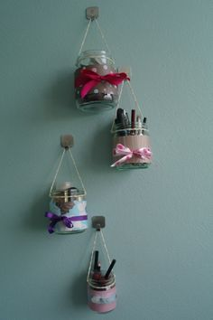 DIY Makeup Organizing Ideas - Makeup Organizer Hanging Jars - Projects for Makeup Drawer, Box, Storage, Jars and Wall Displays - Cheap Dollar Tree Ideas with Cardboard and Shoebox - Wood Organizers, Tray and Travel Carriers Diy Makeup Organizer, Organizer Box, Make Up Organizer, Makeup Storage Organization, Make Up Storage, Diy Storage, Storage Ideas, Storage Jars, Storage Organizers