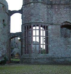 Adriennes Adventures: Raglan castle bay window Photo by Adrienne Wood