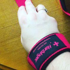 @damandart got Pink lifting straps for mothers day!  #pink #obsessedwithpink #lifting #liftingstraps #mothersday #mothersdaygift