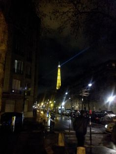 Tour Eiffel on New Year's Eve, Paris