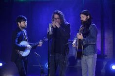 Pearl Jam 'Footsteps' performed by Chris Cornell and Avett Brothers on 'Fallon' (video)