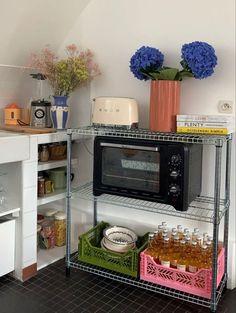 Casa Clean, Pastel Room, Indie Room, Dream Apartment, Aesthetic Room Decor, Dream Rooms, House Rooms, Bedroom Decor, House Design