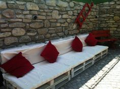 Pallet furniture for Guesthouse Pension   1001 Pallets