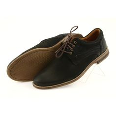 These shoes are a great offer for any elegant man. Ideally suited to casual stylizations, for work, for business meetings, but also for a date or evening with friends. Martin Shoes, Elegant Man, Formal Looks, Natural Leather, Leather Heels, Teak, Black And Brown, Looks Great, Beige