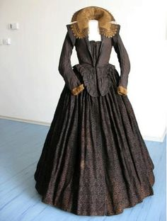 17th century gowns excavated from the coffin of Margaretha Franciska Lobkowicz (1597-1617)