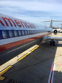 American Airlines MD-80.