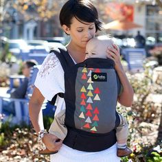 Our original soft structured baby carriers are designed to go and grow with your little one. Ergonomic front and back facing baby carriers ready to use from infant to toddler. Boba Baby Carrier, Baby Wrap Carrier, Ergonomic Baby Carrier, Baby Must Haves, Baby Wraps, Summer Baby, Herschel Heritage Backpack, Baby Wearing, Baby Gear