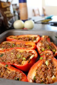 Plněné červené papriky - Red peppers filled with minced meat Czech Recipes, Italian Recipes, Beignets, Healthy Dinner Recipes, Snack Recipes, Beef Casserole, Healthy Chicken Recipes, Ground Beef, Clean Eating