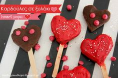 2 boys + Hope: heart pops for Valentine's day or.. how to use leftover cake