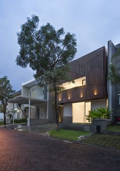 Completed in 2016 in Surabaya, Indonesia. Images by Mansyur Hasan. The name 'S' House is chosen to reflect the architect's experiences throughout the design and construction process. START Standing amongst...