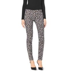 A true wild card—our skinny jeans stand out from the pack. Crafted with a hint of stretch, this slim-fit pair cuts a flattering silhouette, while the animal motif makes a bold impression. Temper the print with a simple top and pointed-toe pumps.