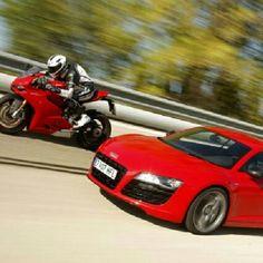 Ducati vs Audi R8