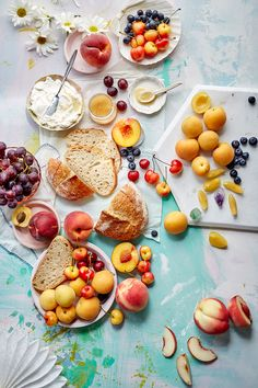 Stone fruit toasts - food photography by Leela Cyd Stone Fruit, Snacks Für Party, Food Styling, Food Inspiration, Love Food, Food Photography, Food Porn, Food And Drink, Yummy Food