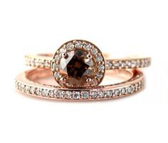Brown Diamond Wedding Set Engagement Ring Fancy Cognac Diamond Halo Diamond Ring Custom Bridal J Chocolate Diamond Wedding Rings, Champagne Diamond Rings, Diamond Wedding Sets, Chocolate Rings, Daily Fashion, Women's Fashion, Ring Designs, Bling Bling, Bridal Rings