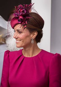 Kate Middleton and Meghan Markle, very beautiful for Eugenie& wedding - Royal Style – Kate and Meghan, very beautiful for Eugenie& wedding - Style Kate Middleton, Kate Middleton Hats, Middleton Wedding, Meghan Markle, Meghan Rienks, Eugenie Wedding, The Duchess, Kate And Meghan, Fancy Hats