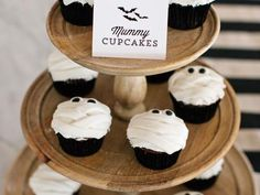 Halloween Treat: Mummy Cupcakes Recipe