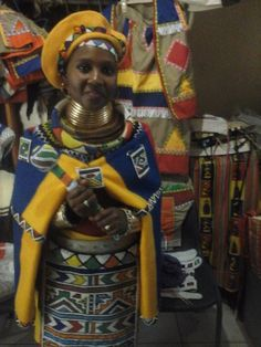 African Love, African Art, African Style, Traditional Fashion, Traditional Dresses, Plank Workout, African Attire, Formal Dresses, Wedding Dresses