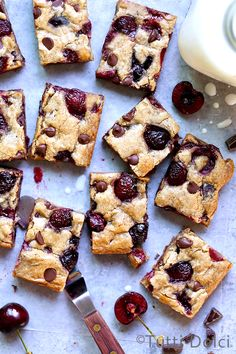A golden, buttery blondie always catches my eye, especially when glammed up with brown butter, fresh cherries, and just enough chocolate to satisfy my cravings. Studded with sweet-tart jeweled Bing…