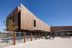 NH architecture: saltwater coast