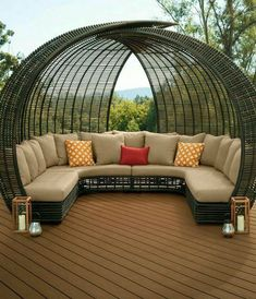 Ideas for Outdoor Rooms And Outdoor Living Spaces – Outdoor And Patio Ideas, Designs and DIY Plans. Outside Furniture, Backyard Furniture, Backyard Patio, Outdoor Furniture, Antique Furniture, Refurbished Furniture, Pallet Furniture, Painted Furniture, Outdoor Rooms