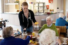 Humanitas, a social service organization in the Netherlands, has come up with a brilliant model for helping students with their expenses and the elderly with the care and social interaction that they need to remain physically and psychologically healthy. In return for free lodging at a retirement home in the Dutch town of Deventer, six students will spend at least 30 hours a month its 160 elderly residents.