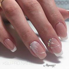 This would be very nice for a nail art wedding french manicure # . - This would be very nice for a nail art wedding French manicure … # French - Beautiful Nail Art, Gorgeous Nails, Elegant Nail Art, Cute Nails, Pretty Nails, Hair And Nails, My Nails, Glitter Nails, Wedding Nails Design
