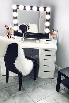 Makeup Vanity Table Designs to Decorate Your Home ★ See more: http://glaminati.com/makeup-vanity/