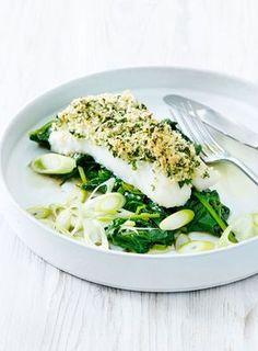Kabeljauwhaasje met kruidenkorst en spinazie Fish Recipes, Low Carb Recipes, Great Recipes, Healthy Recipes, Healthy Food, Chefs, Lemon Kitchen, Good Food, Yummy Food