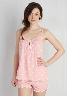 Giddy Morning, Sleepyhead Pajamas in Hearts. Arise feeling excited to strut these darling pajamas to your kitchenette! #pink #modcloth