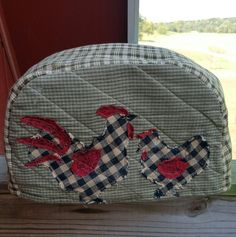 Chickens toaster cover! Toaster Cover, Primitive Stitchery, Kitchen Items, Sewing, Crafts, Dressmaking, Manualidades, Couture, Stitching