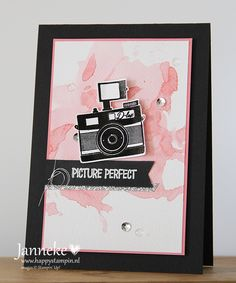 Lovely card with camera. New hostesset stampin'up called Pun Intended. Stamping, card, DIY. (Janneke de Jong)