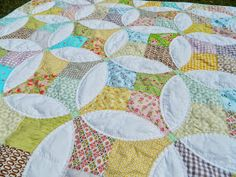 s.o.t.a.k handmade: flowering snowball {a finished quilt)