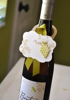 Put a couple of bottles of wine on the tables with wine tags.write personal note to guests :) Wine Bottle Tags, Wine Tags, Wine Bottle Crafts, Wine Bottles, Diy Cadeau, Wine Packaging, Paper Packaging, Simply Stamps, Wine Craft