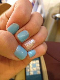 Simple yet cute shellac nails